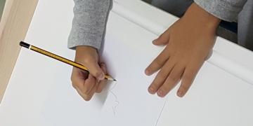 Γραφή, σωστό κράτημα μολυβιού και δραστηριότητες ενίσχυσης τους